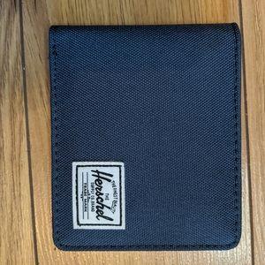 Herschel - bi-fold wallet